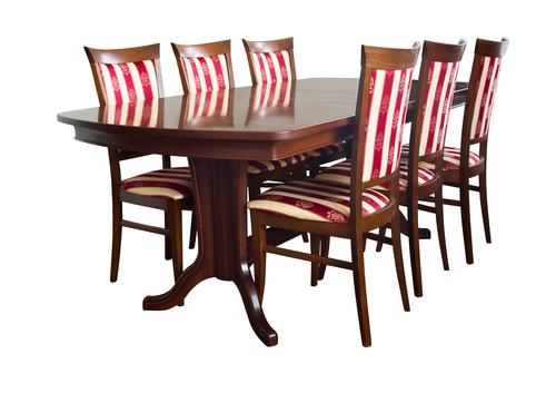 обеденный стол со стульями